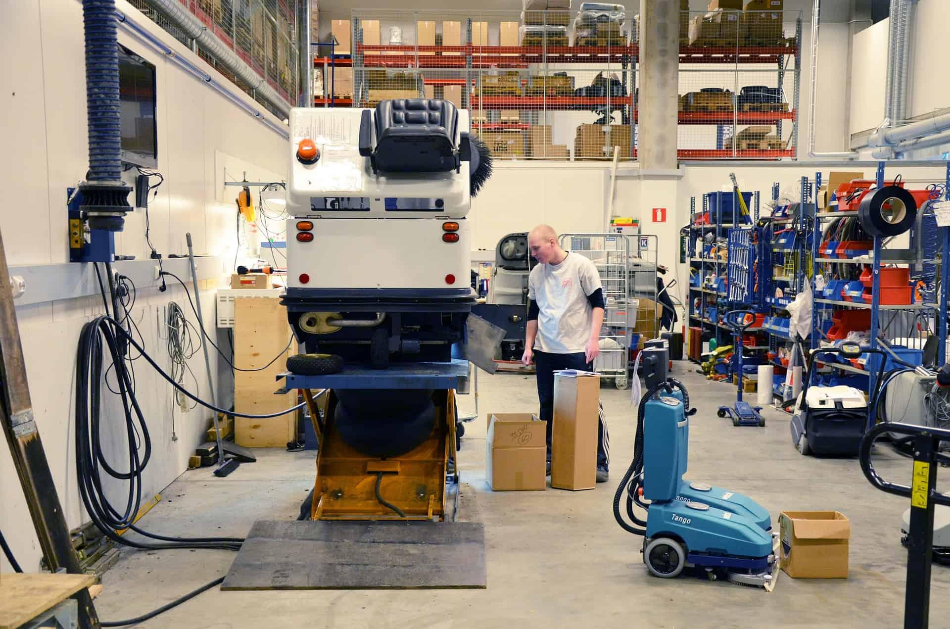 nettoyage atelier industriel